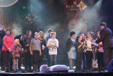 """Koncert """"5 złotych minut ratujących życie"""". Torwar, 6.12.2014, godz. 13:00"""