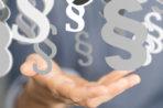 MZ: zakupy tylko w jednorazowych rękawiczkach! Sklepy i klienci pytają: skąd je wziąć?